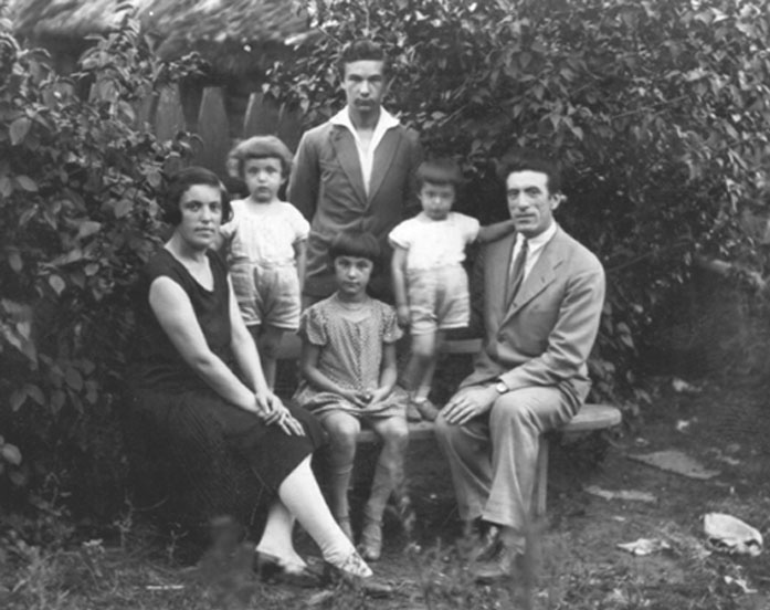 Rubinstein Family Of Rumsiskes-2006