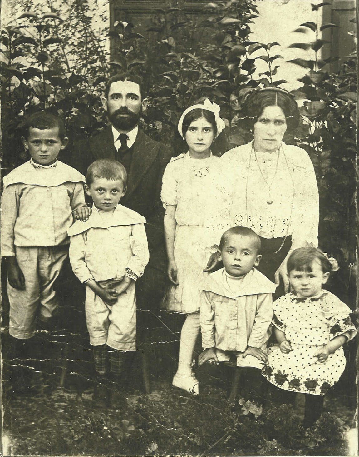 russian immigrants Following the russian revolution of 1917, the nature of russian immigration to  cleveland reversed  organizations within the new group of immigrants were  few.